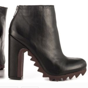 Sam Edelman Circus Kensley Black Leather Heel Boot